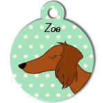 Médaille vert chien marron type teckel levrier poils longs