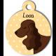 Médaille personnalisée jaune chien marron foncé oreilles longues